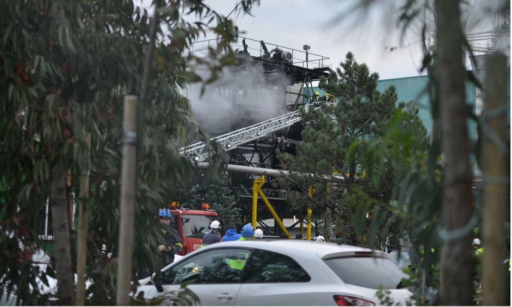 Ence y Ayuntamiento se enzarzan por un incendio en la fábrica
