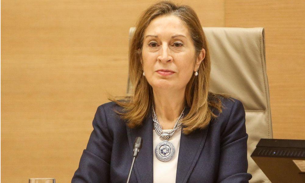 El PP renuncia a Ana Pastor de portavoz: ocupará la Mesa del Congreso