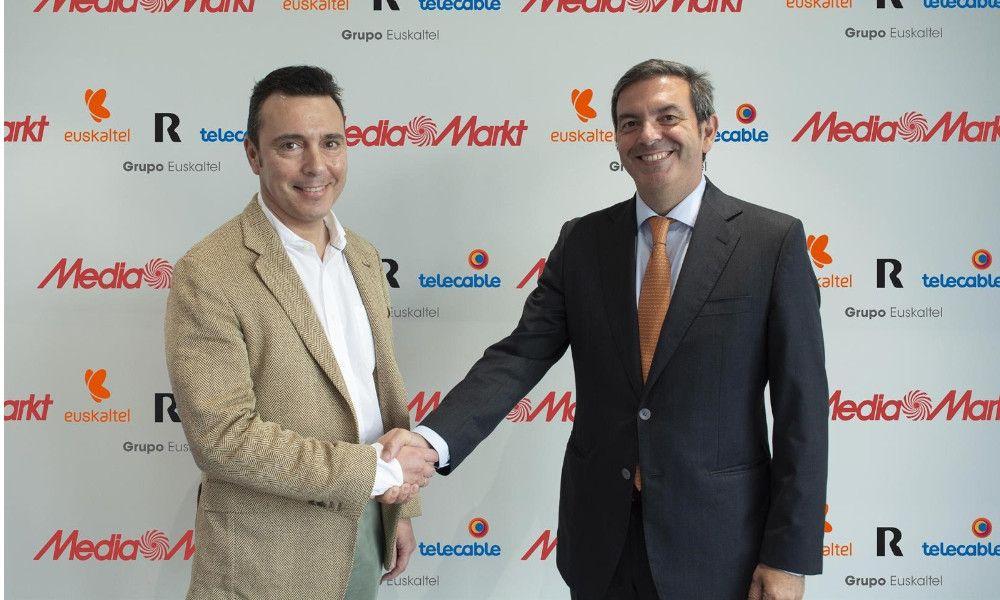 Euskaltel se alía con Mediamarkt para llevar la marca R a toda España