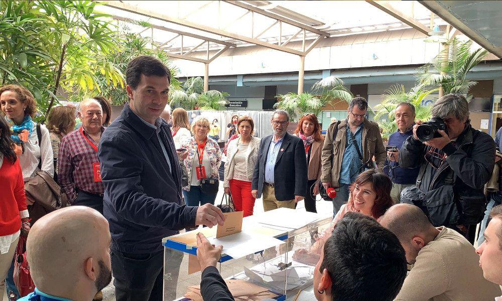 """Gonzalo Caballero: """"Tenemos la responsabilidad de ir a votar"""""""