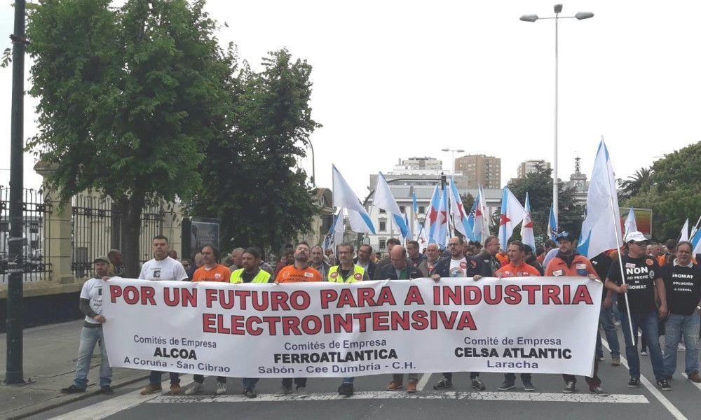 Ferroglobe hará 14 millones menos de caja por sus ventas en Galicia