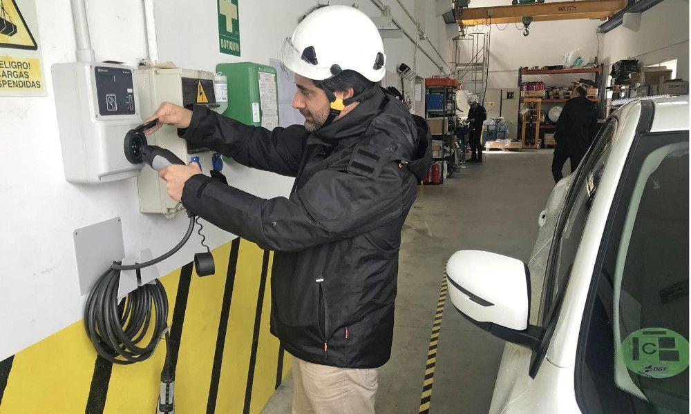 Los eólicos gallegos de Endesa recargarán coches eléctricos