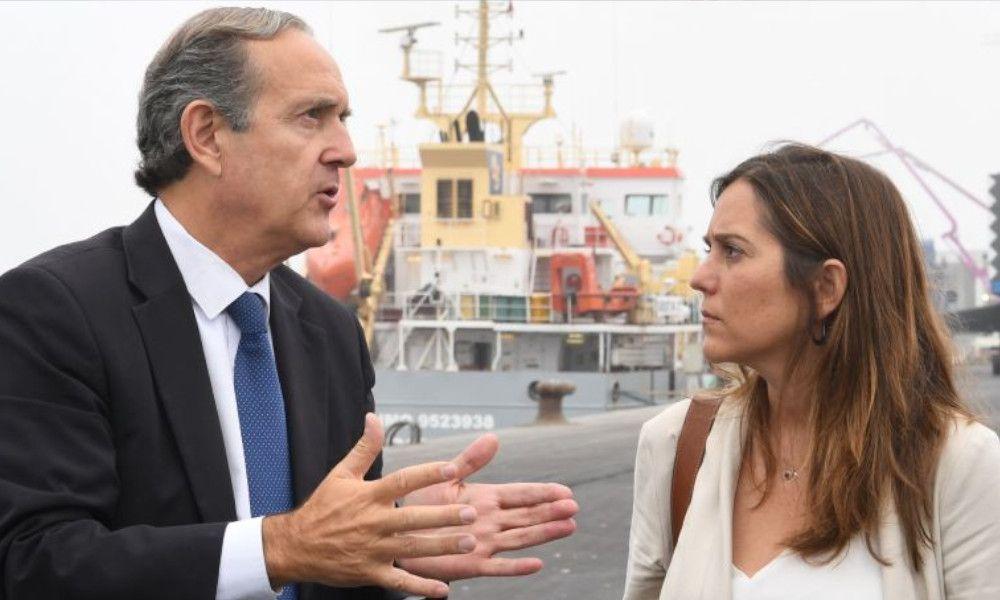 Inés Rey hace las paces con el puerto de A Coruña