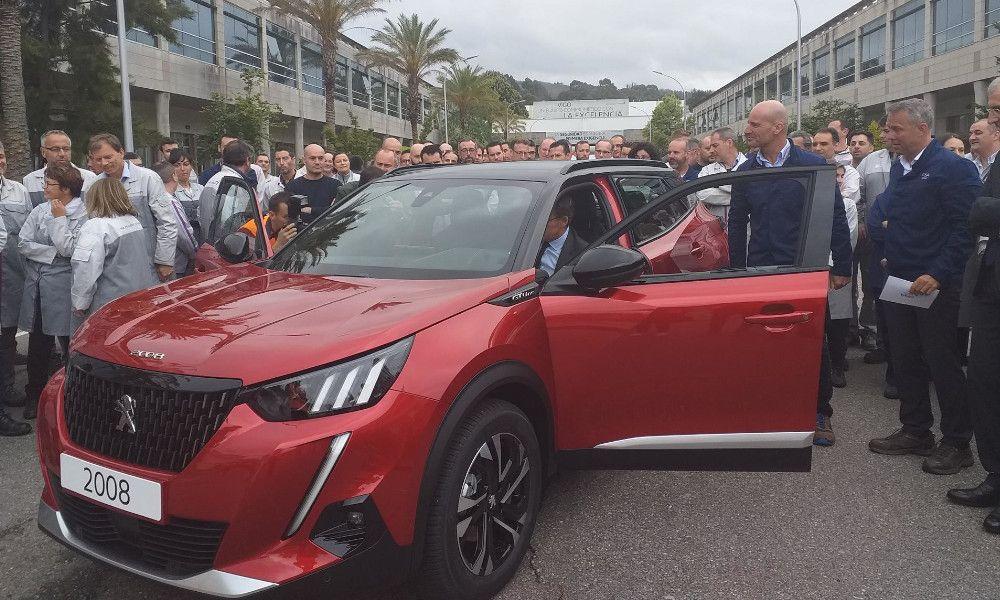 PSA incorporará 1.200 operarios en Vigo para el Peugeot 2008