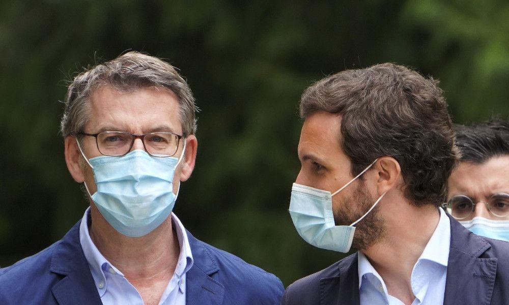 Cumbre entre Feijóo y Casado en Génova tras las críticas al cambio de sede
