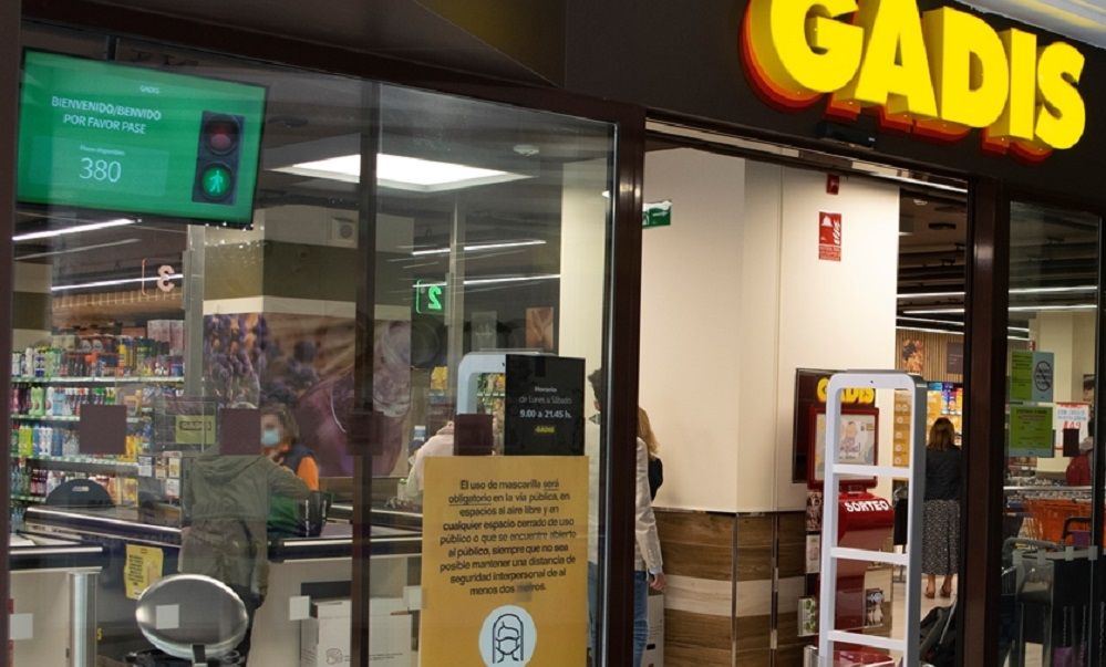 Coronavirus: Gadis pone semáforos en sus supermercados