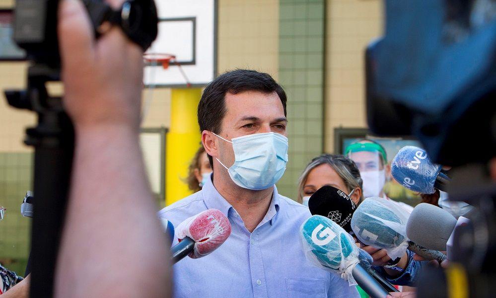 El fiasco electoral abre otra crisis interna en PSOE y Podemos