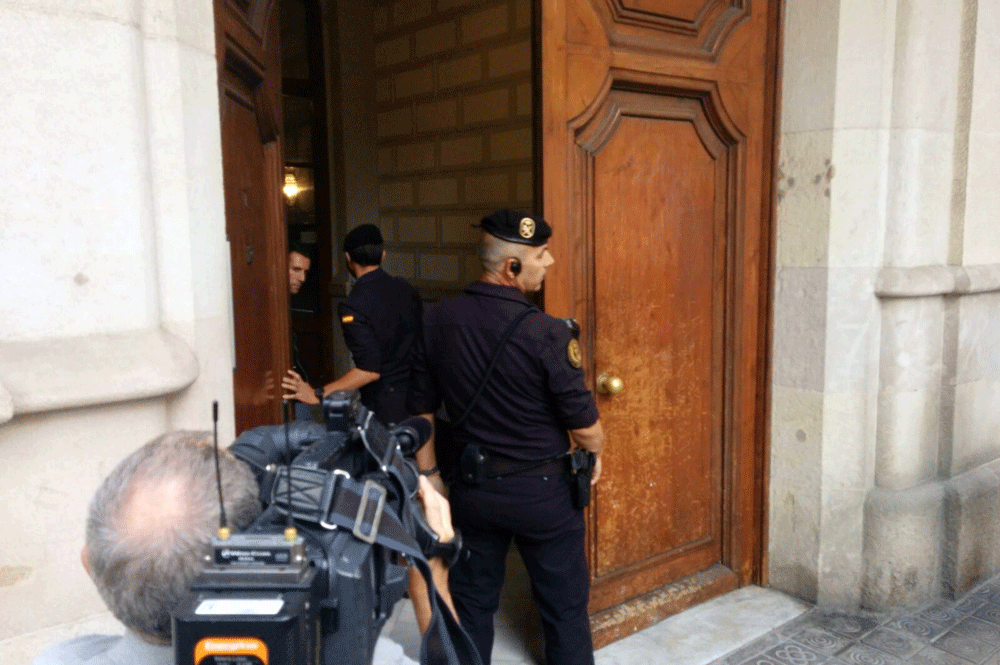 Golpe policial a Mas por el 3% de comisiones en Convergència
