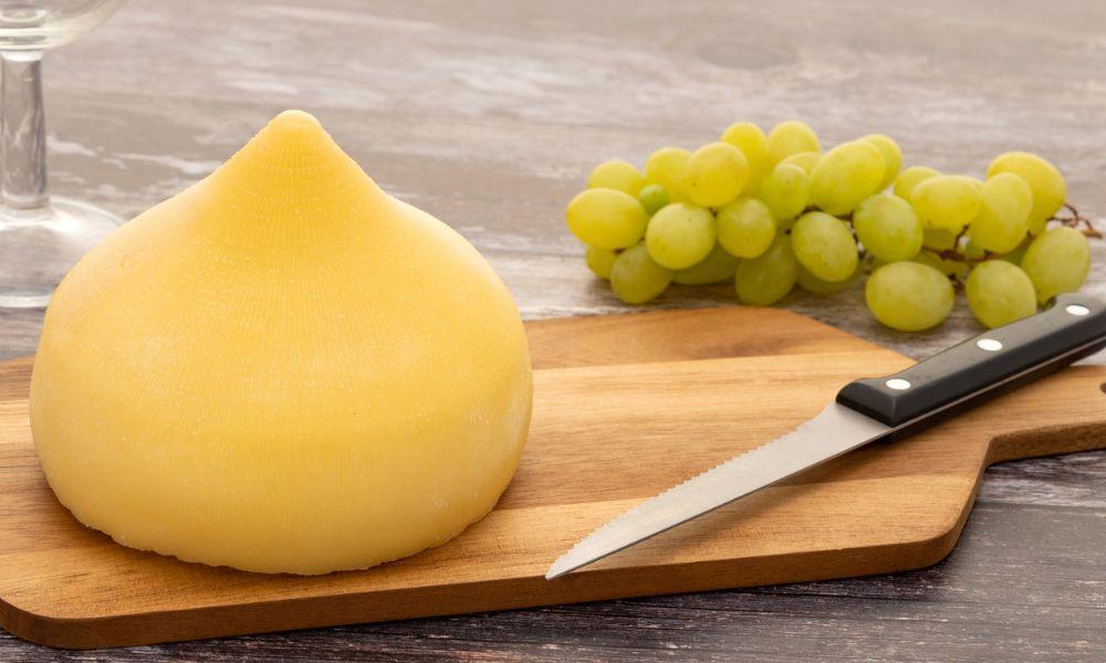 La Xunta compra 2.000 quesos a través de Mercaproximidade