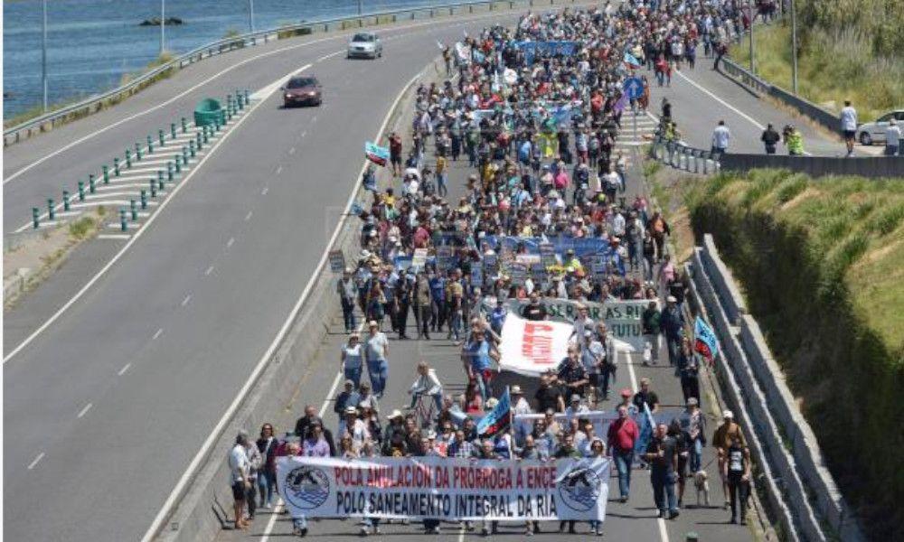 Ence canta victoria: la marcha por su permanencia ganó en asistencia