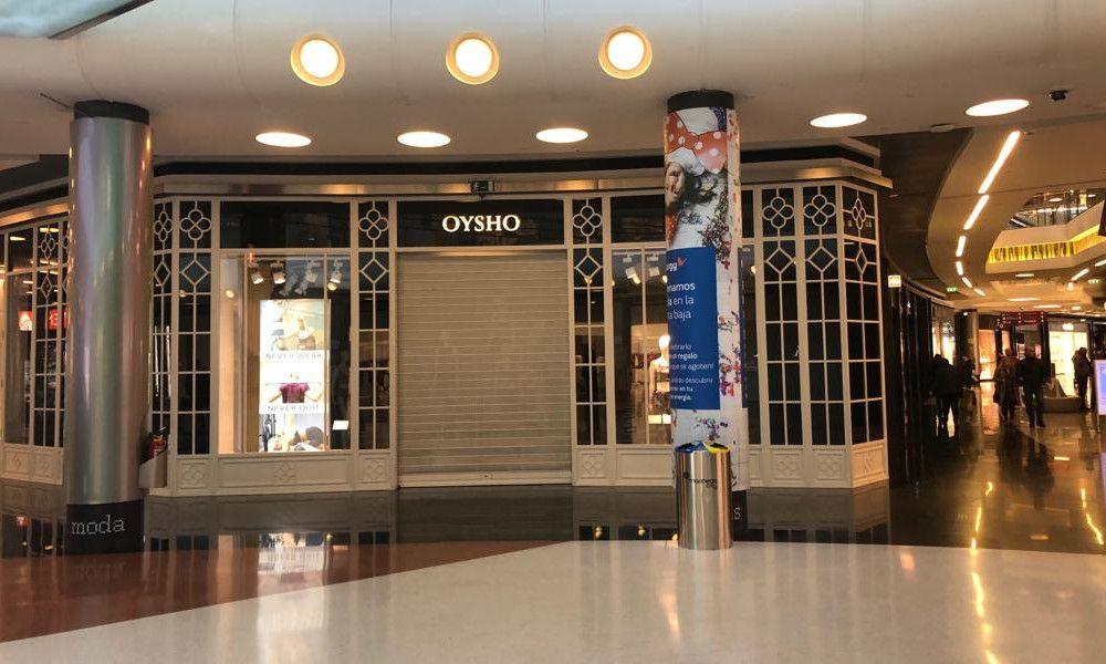 El 8M cierra tiendas de Inditex en A Coruña y Santiago