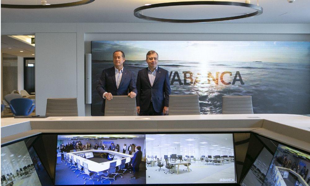 Caixabank y Bankia devuelven a Abanca al mapa de las fusiones