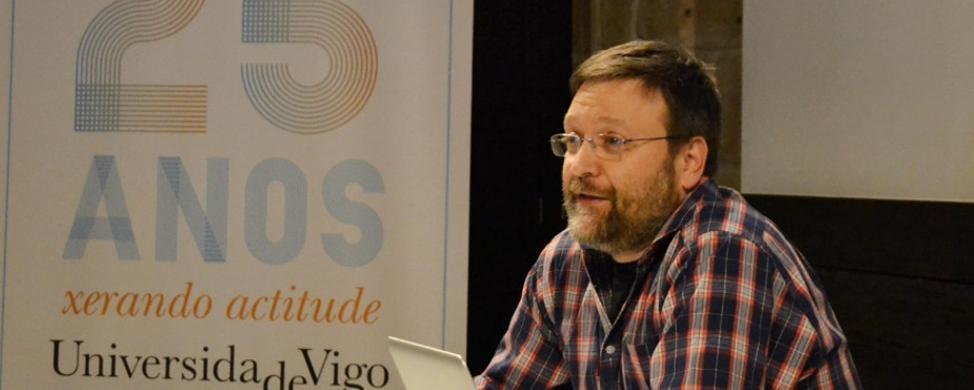 "Juan Picos: ""El futuro de la industria forestal ha de estar vinculado a la química"""