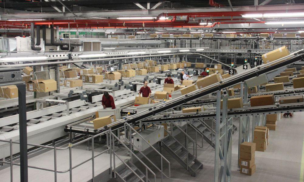 Inditex acelera el paso: su logística estará al 100% el 1 de junio