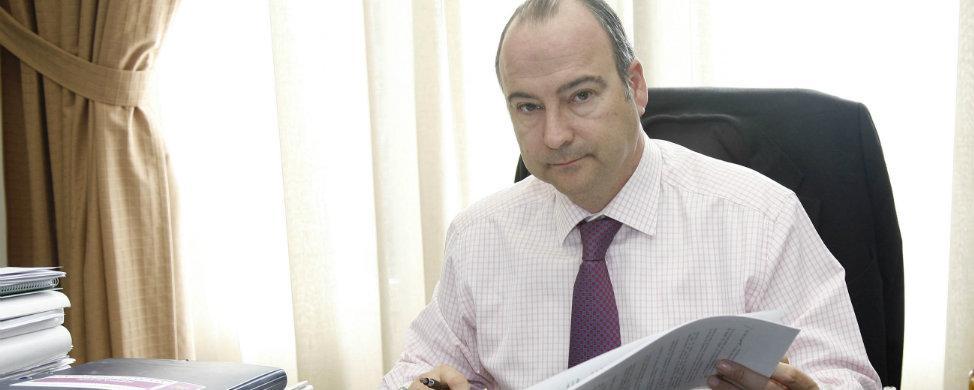 Ciudadanos cambia su voto y permite al PP mantener Almería