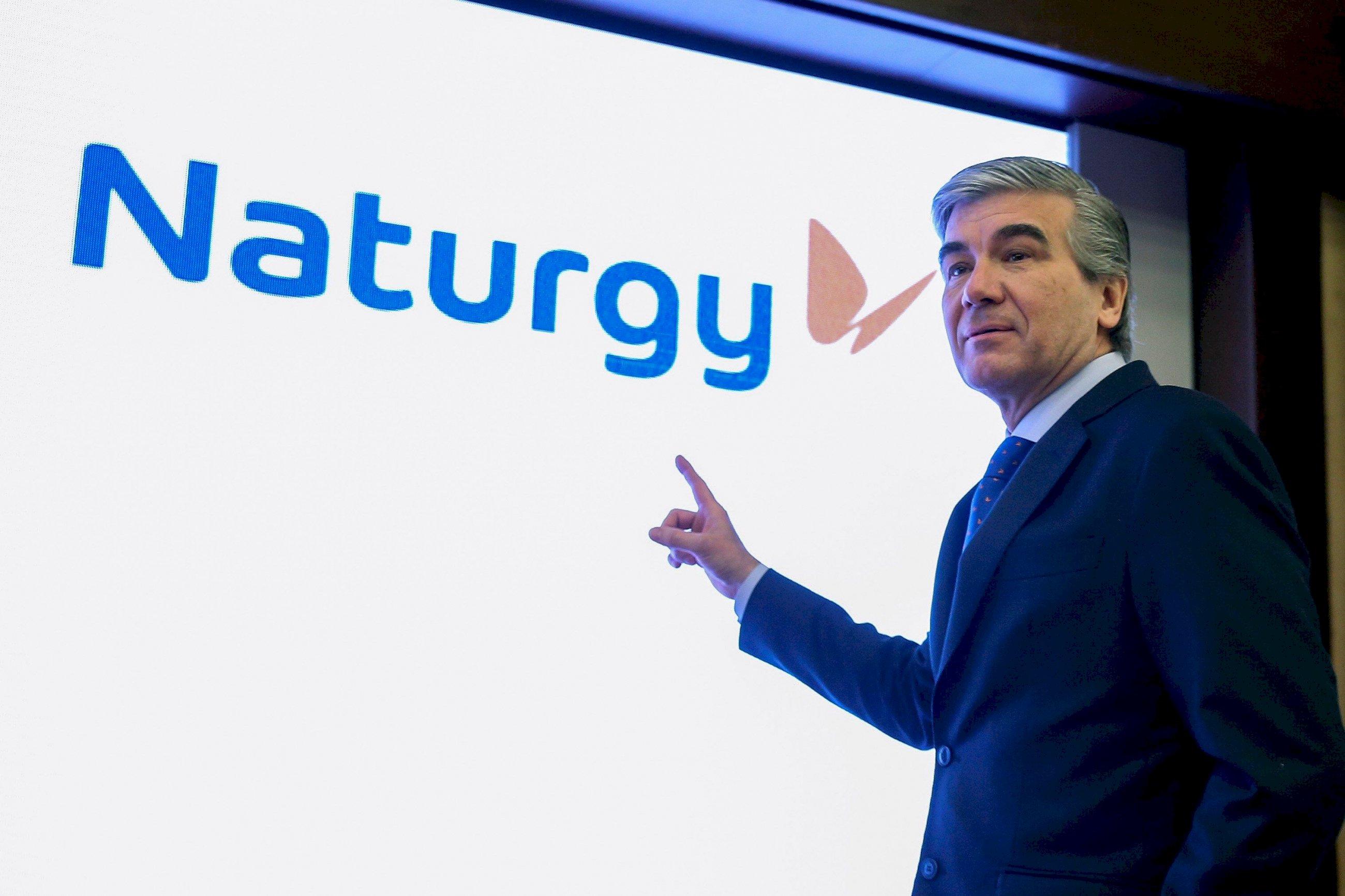Naturgy echa un cable a sus proveedores autónomos: les pagará antes