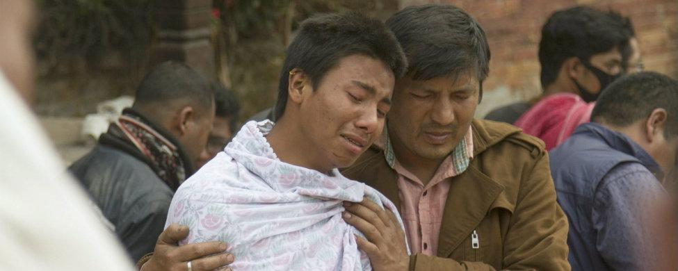 El mundo se vuelca con Nepal mientras Exteriores busca a los españoles