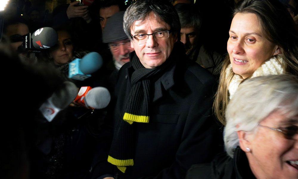 Puigdemont y el Pdecat buscan dinero con urgencia