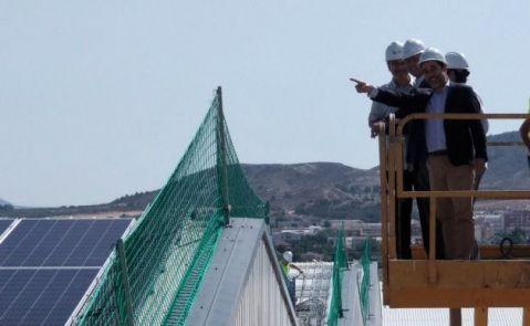 Instalación de paneles fotovoltaicos de Texathenea. Cubierta Solar.