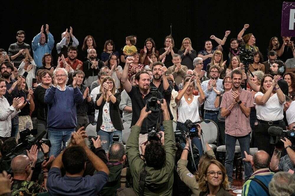 Iglesias llena en A Coruña, a pesar de la polémica con Amancio Ortega