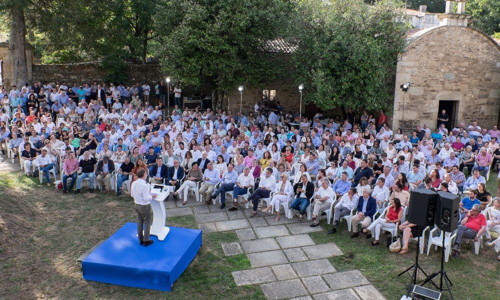 Feijóo, del año en funciones de Rajoy a cargar contra PSOE y Podemos