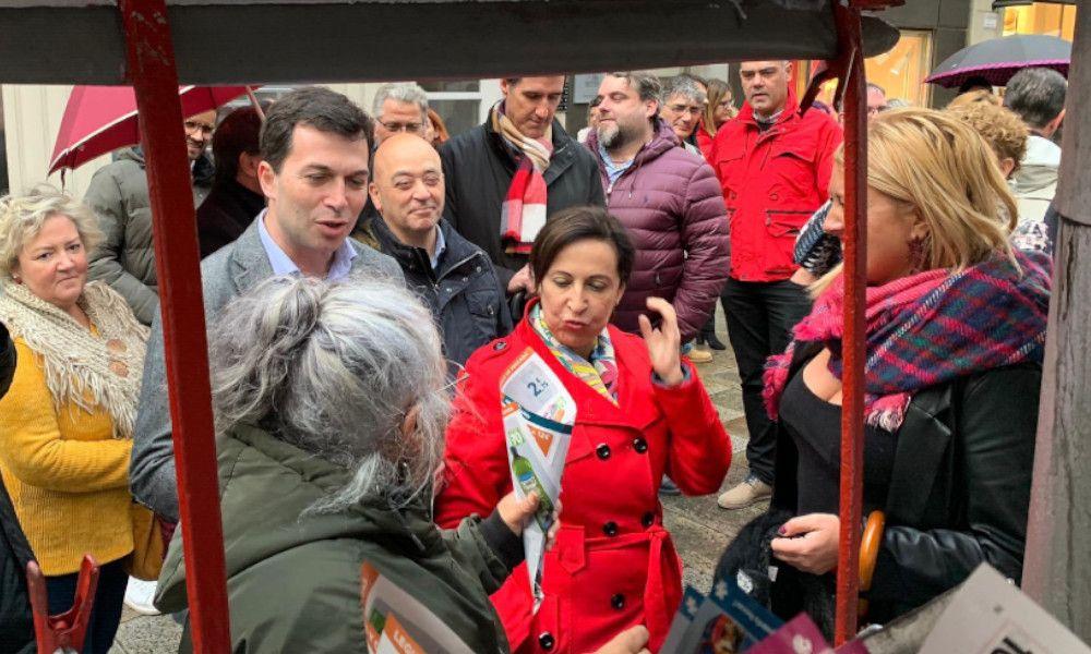"""La ministra Robles achaca al """"bloqueo político"""" la crisis de Navantia"""