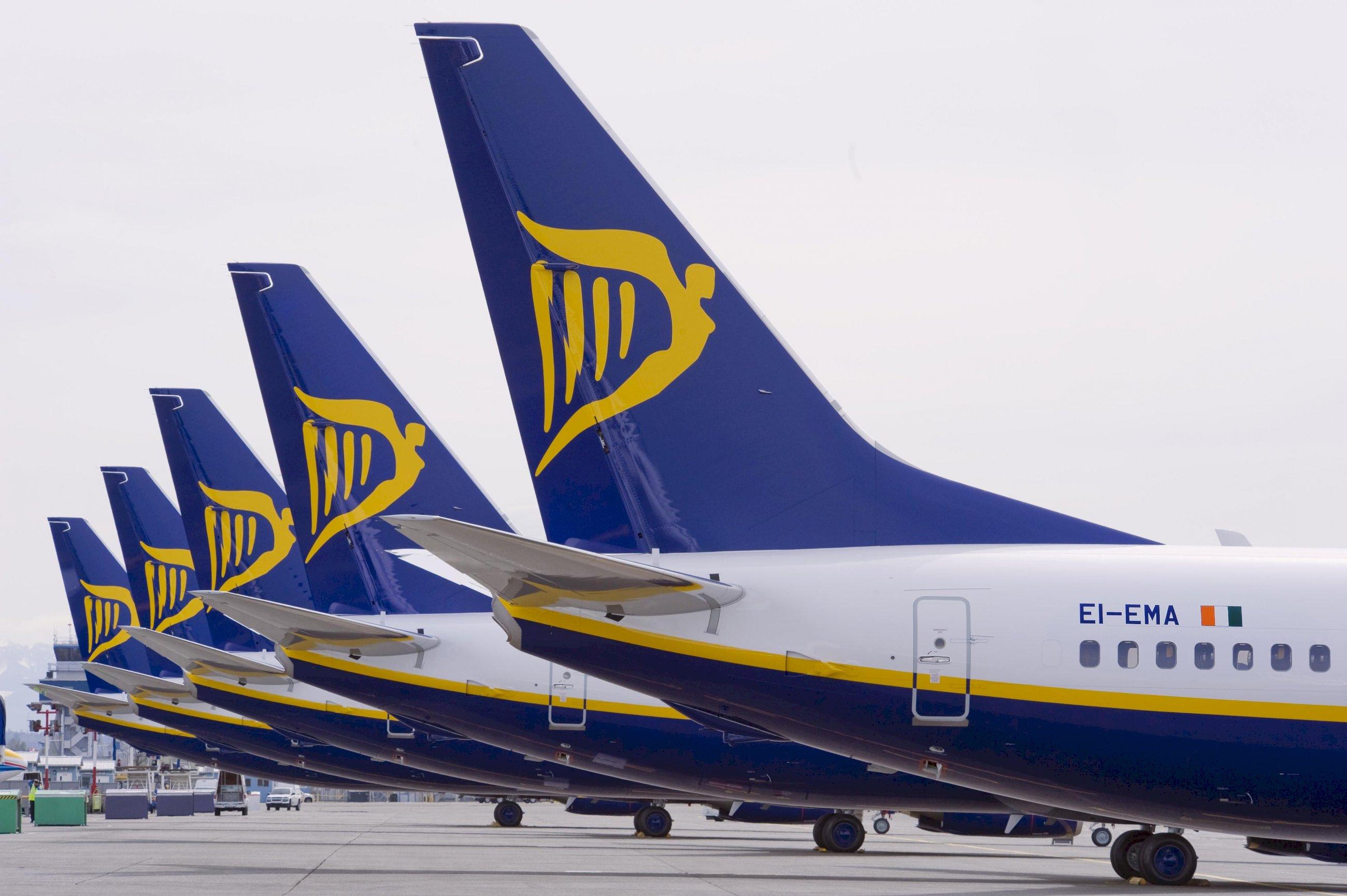 Ryanair anuncia nuevas rutas este verano desde Santiago a Fuerteventura, Ibiza y Menorca