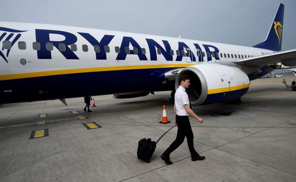 Alerta en Lavacolla: los pilotos de Ryanair apoyan la huelga