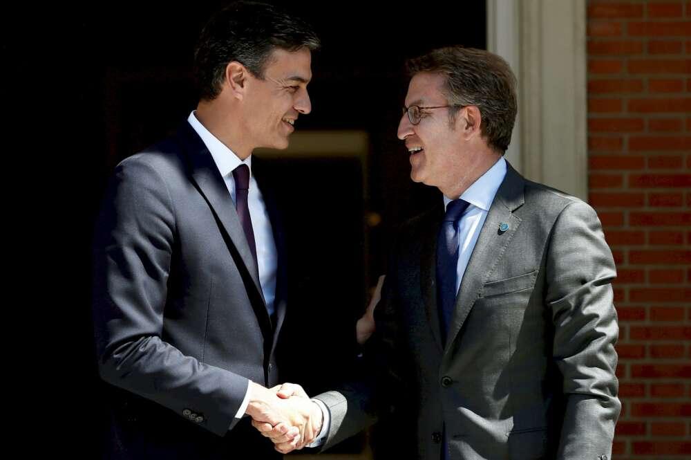 """Feijóo: """"Sánchez dice que cumplirá con el AVE gallego, pero no cuándo"""""""