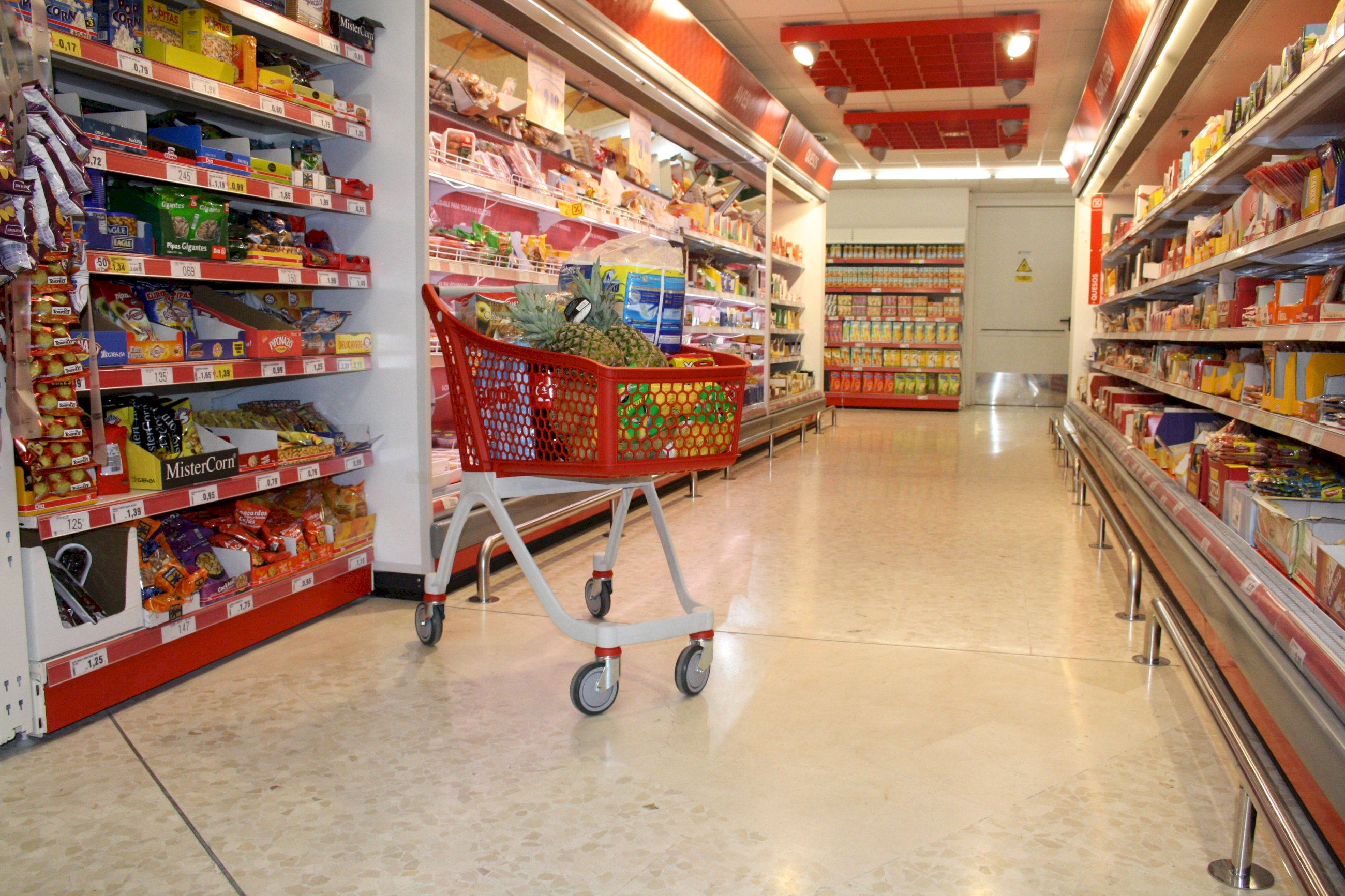 Así se blindan los súper gallegos contra la avalancha de compras
