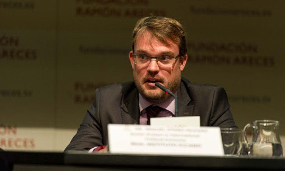 Así piensa el 'gurú lucense' del comité de expertos de Pedro Sánchez