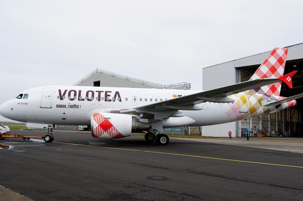 La apuesta de Volotea por Galicia: rutas a Ibiza y Menorca este verano