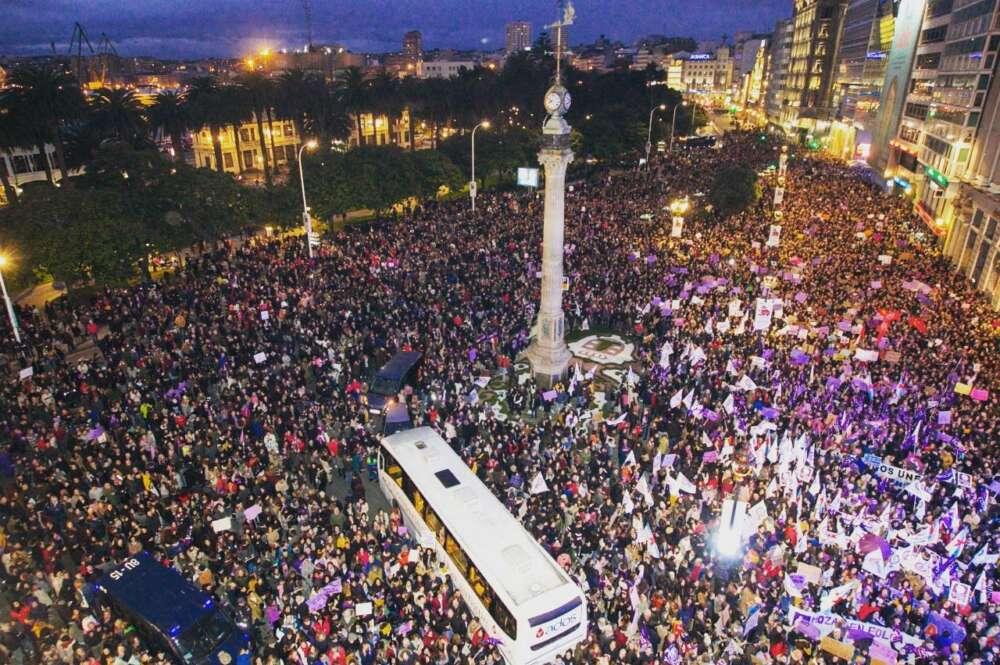 Una marea feminista inunda Galicia