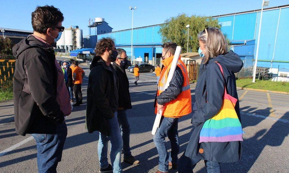 Xulio Ferreiro reaparece y pide la intervención de Alcoa y Alu Ibérica