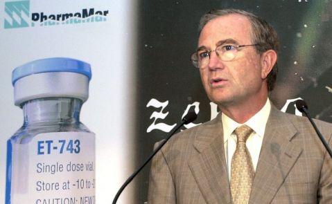 José María Fernández de Sousa en 2002, anunciando un acuerdo con  Johnson & Johnson. EFE/Espinosa