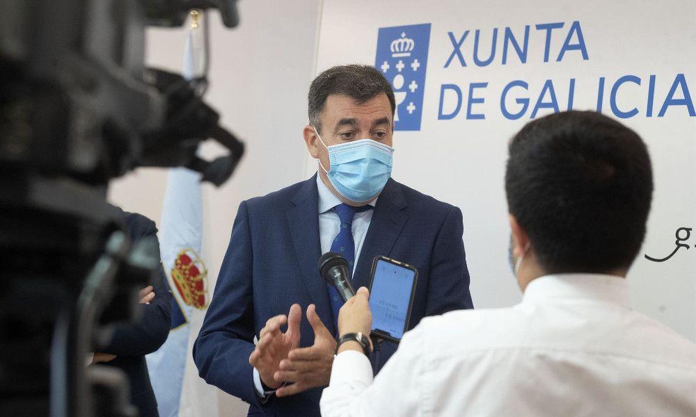 La Xunta prepara a los colegios para una eventual suspensión de clases