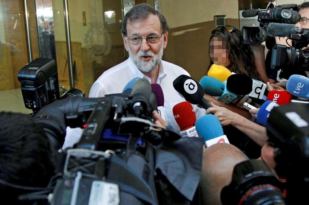 Rajoy a la entrada de su nuevo trabajo / EFE