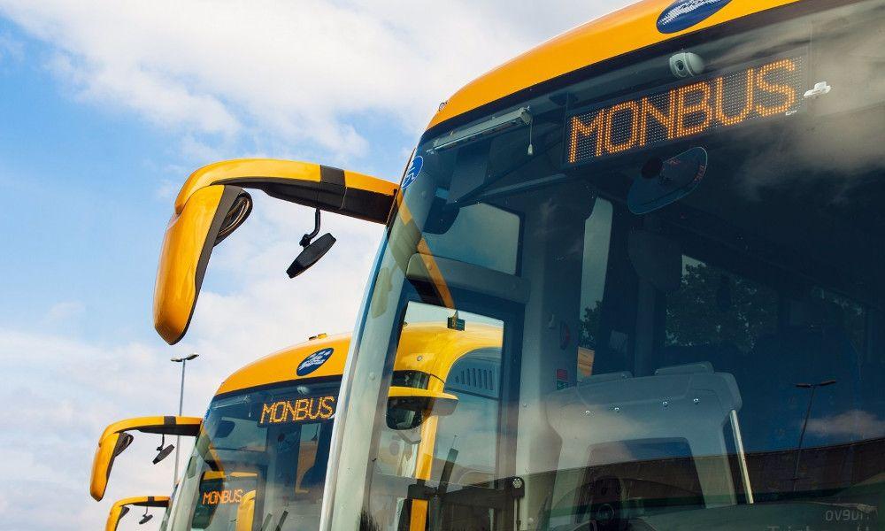 Monbus se hace con un contrato de 10 años para el transporte en Oporto