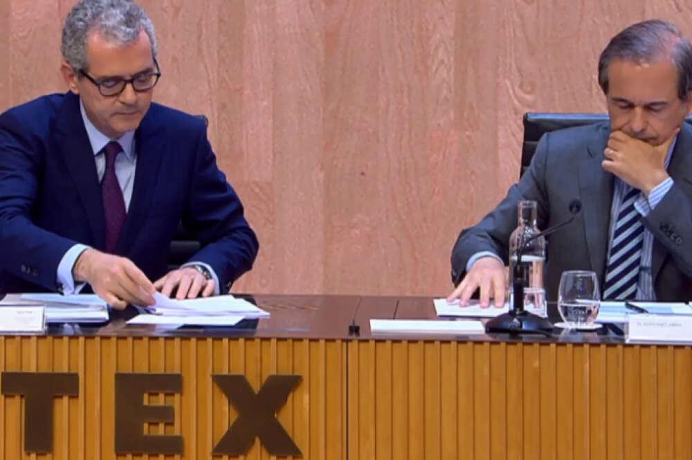 Pablo Isla, presidente de Inditex, junto a Antonio Abril, hasta ahora secretario del consejo