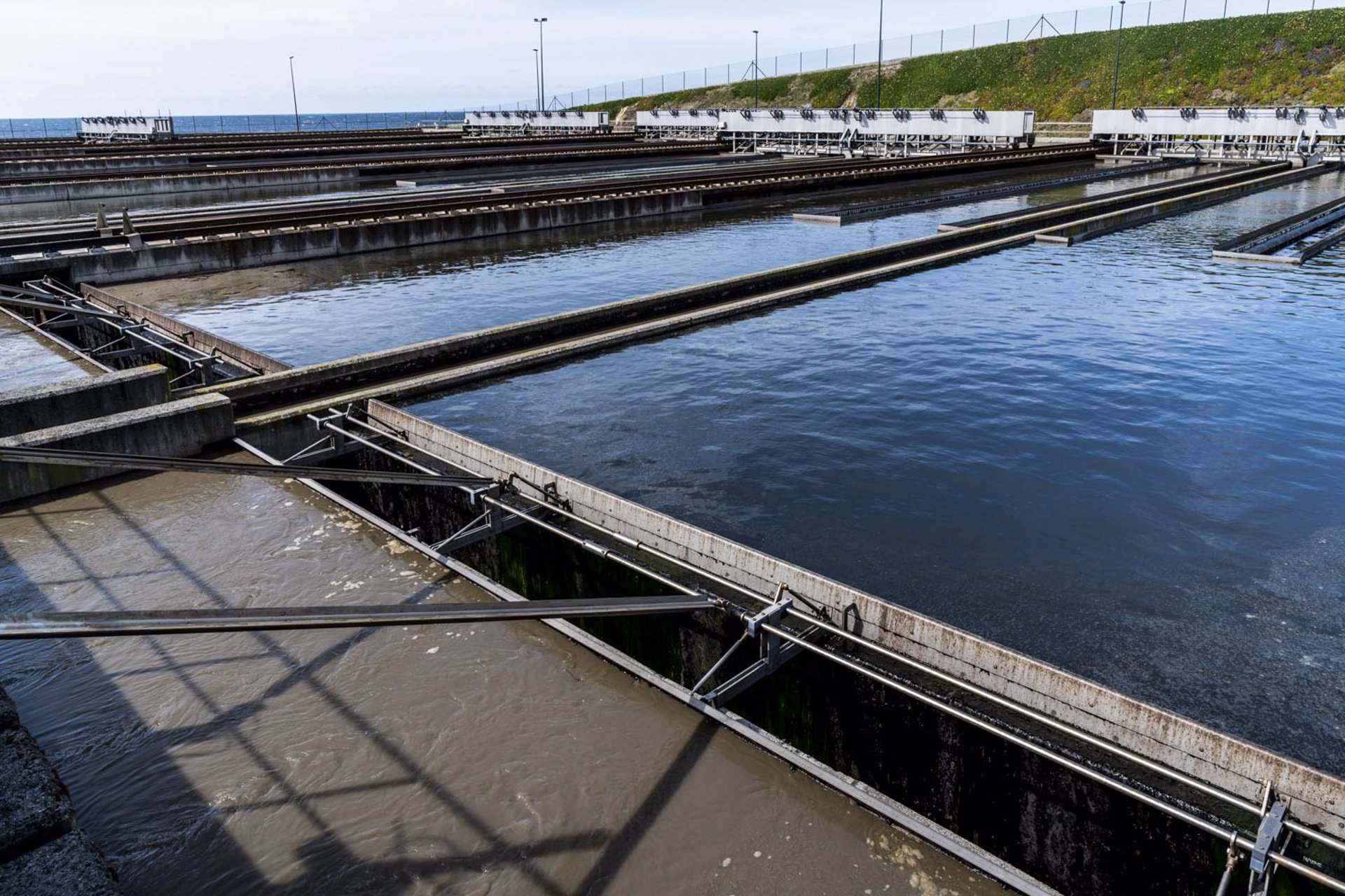 El estudio CovidBens analiza la carga viral en las aguas residuales de la depuradora de A Coruña. Europa Press