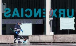 La ocupación en las UCI gallegas sigue creciendo, aunque el Sergas descarta, de momento, habilitar los hospitales de campaña. E.P.