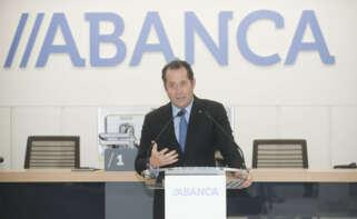 Nuevo golpe de Escotet: Abanca compra la red del luso Novo Banco