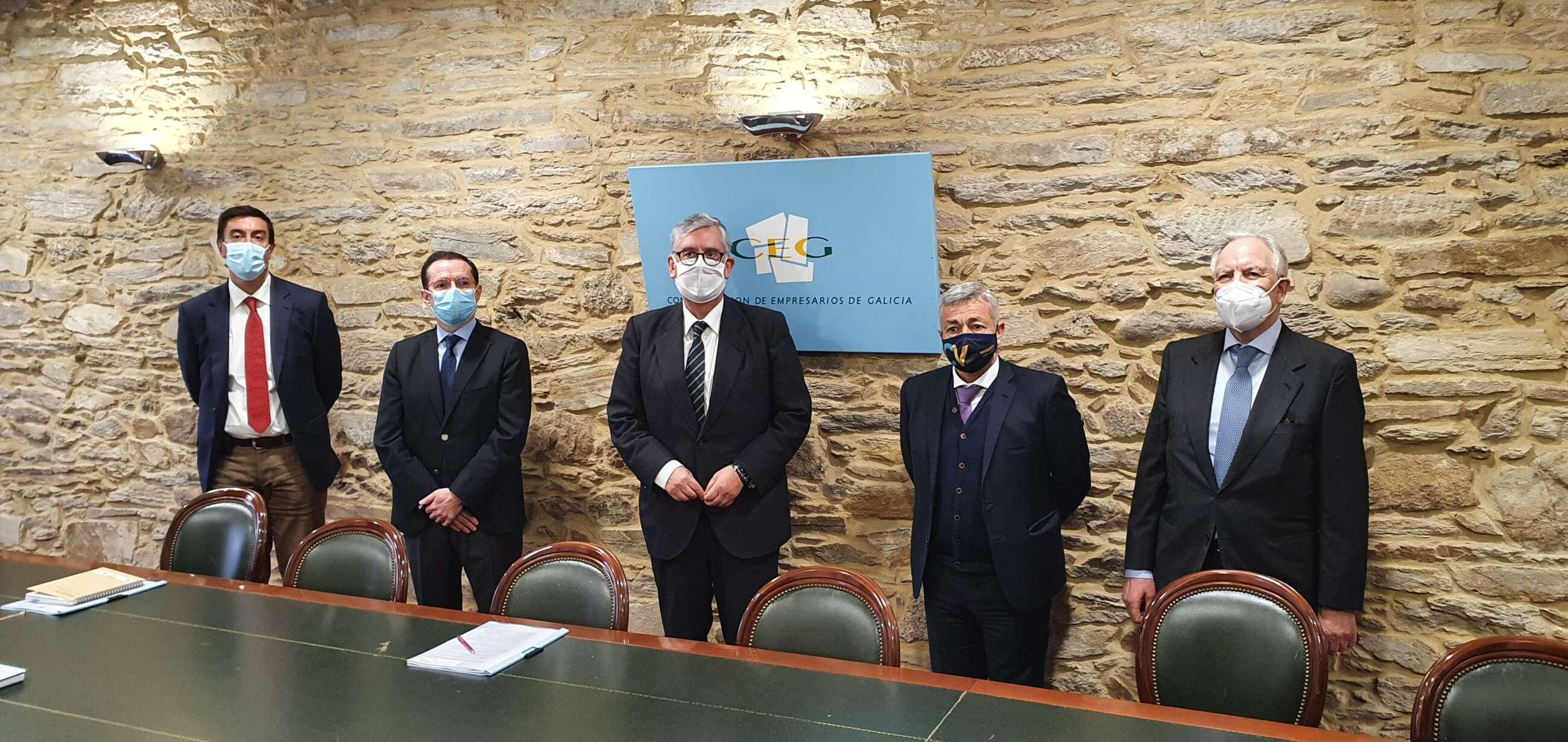 Representantes de Luckia, Comar, Ageo y Abiga se reunen con el presidente de la patronal, Juan Manuel Vieites