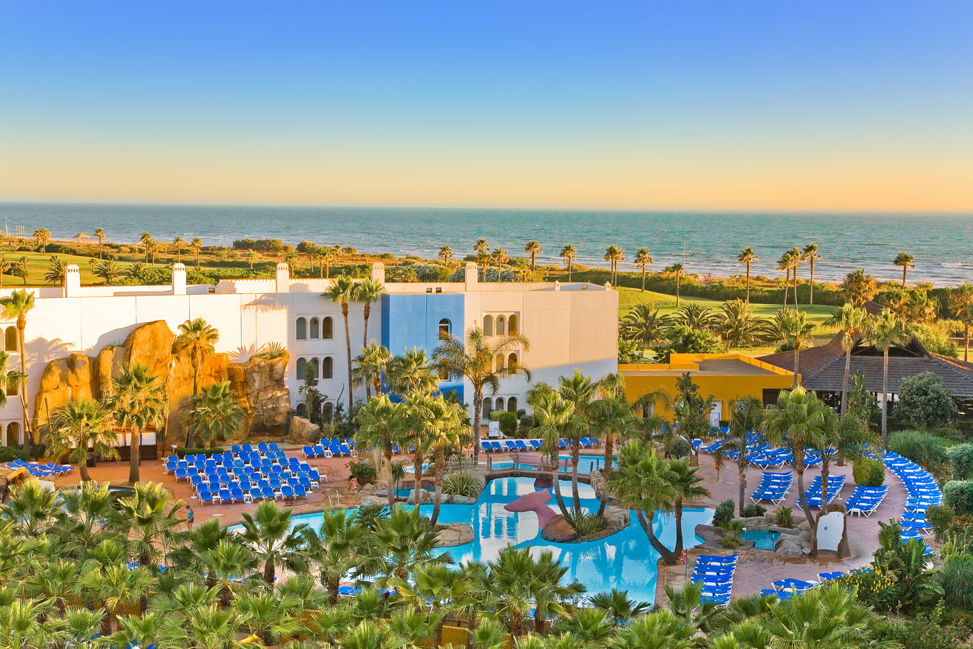 El Hotel Senator Playaballena, comprado por Amancio Ortega / Senator Hotels