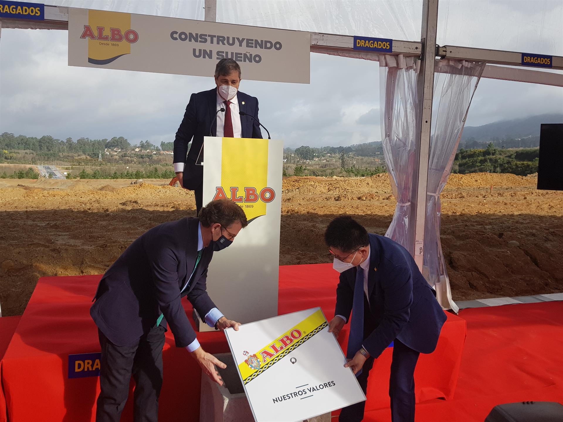 Colocación de la primera piedra de la nueva factoría de Albo en la Plisan