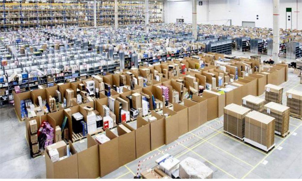 Guerra sindical contra las subcontratas de Amazon en Vigo