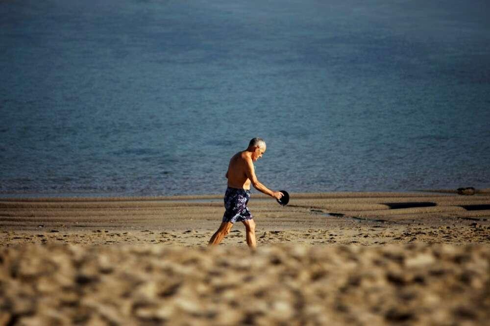 La Xunta exige que los concellos controlen el aforo en las playas en Semana Santa