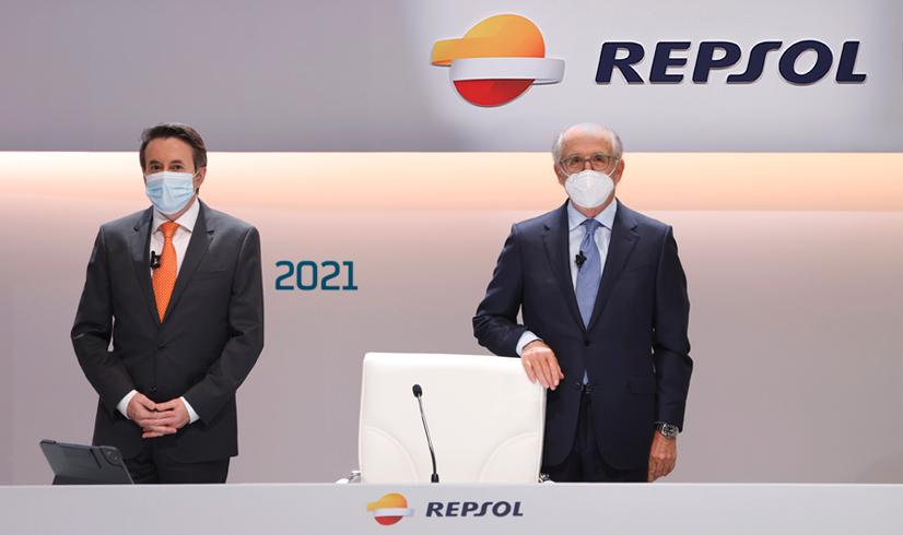 Josu Jon Imaz y Antoni Bufrau en la jutna de accionistas de Repsol / Repsol