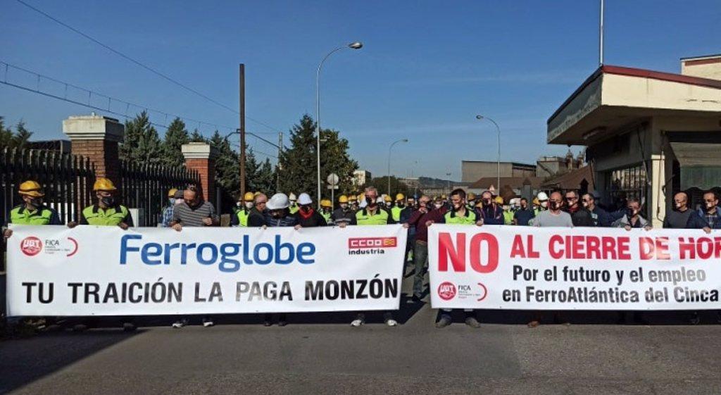 Movilizaciones de protesta contra los despidos de Ferroglobe en Huesca / UGT