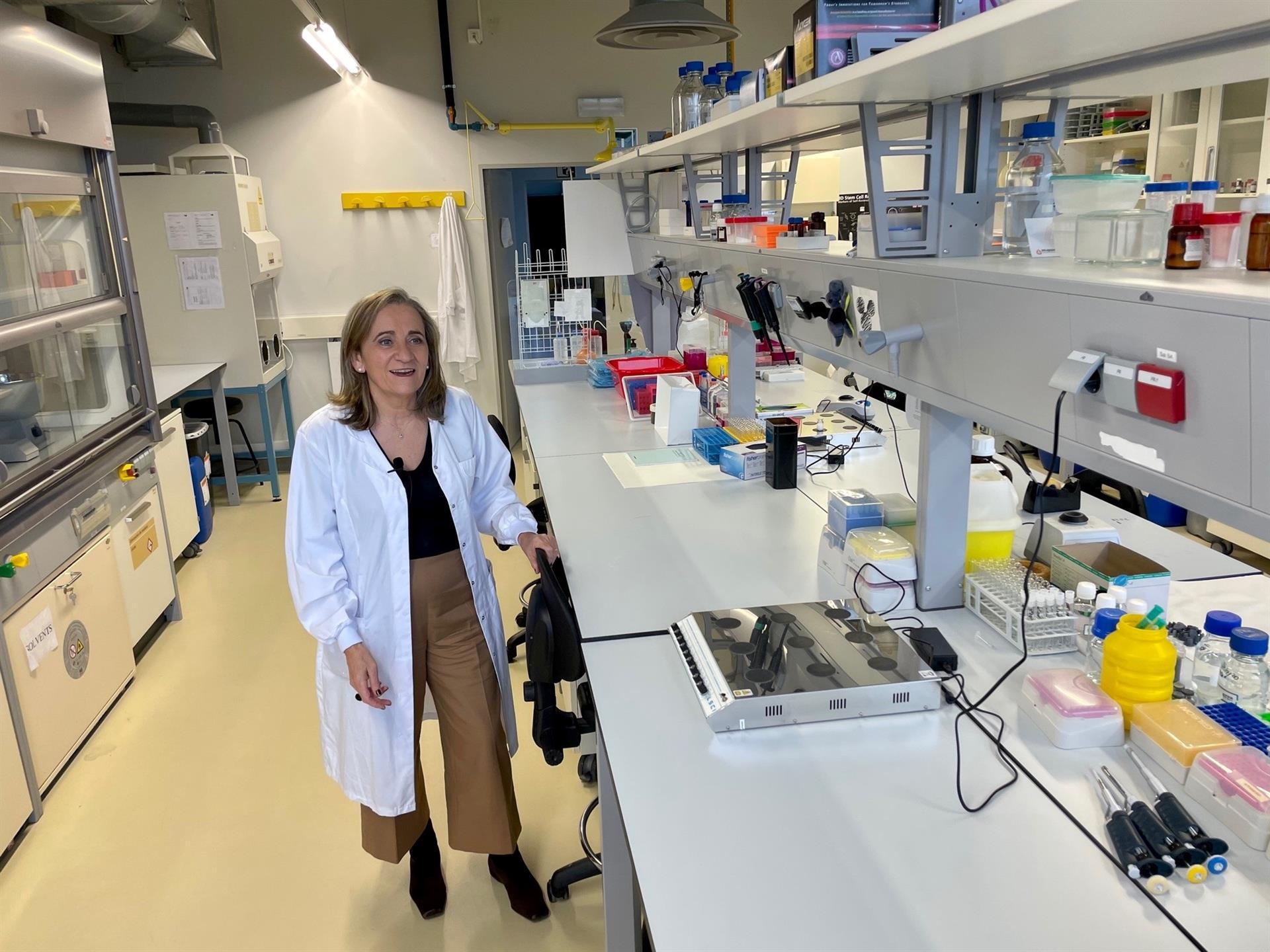 La catedrática de Farmacia María José Alonso dirige un equipo del Cimus en busca de una vacuna contra la covid que no necesite frío para su conservación - USC